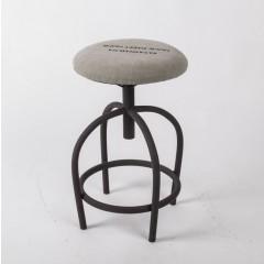 Hocker gepolstertl im Industriedesign, Sitzhöhe 49 cm
