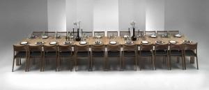 Esstisch aus Eichenholz furniert mit 8 Einlegeplatten, bis 630 cm verlängerbar