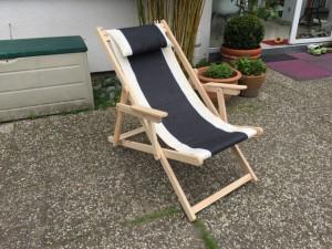 Liegestuhl aus Massivholz und Textil 100 % Baumwolle, Strandstuhl Farbe schwarz-weiß- creme