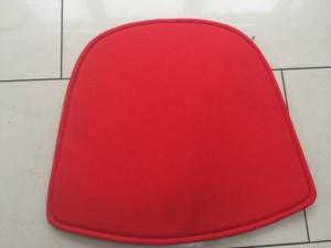 Sitzkissen für den Gartenstuhl, Sitzkissen rot
