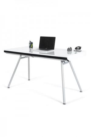 Design Bürotisch mit einer weiß / schwarzen Tischplatte