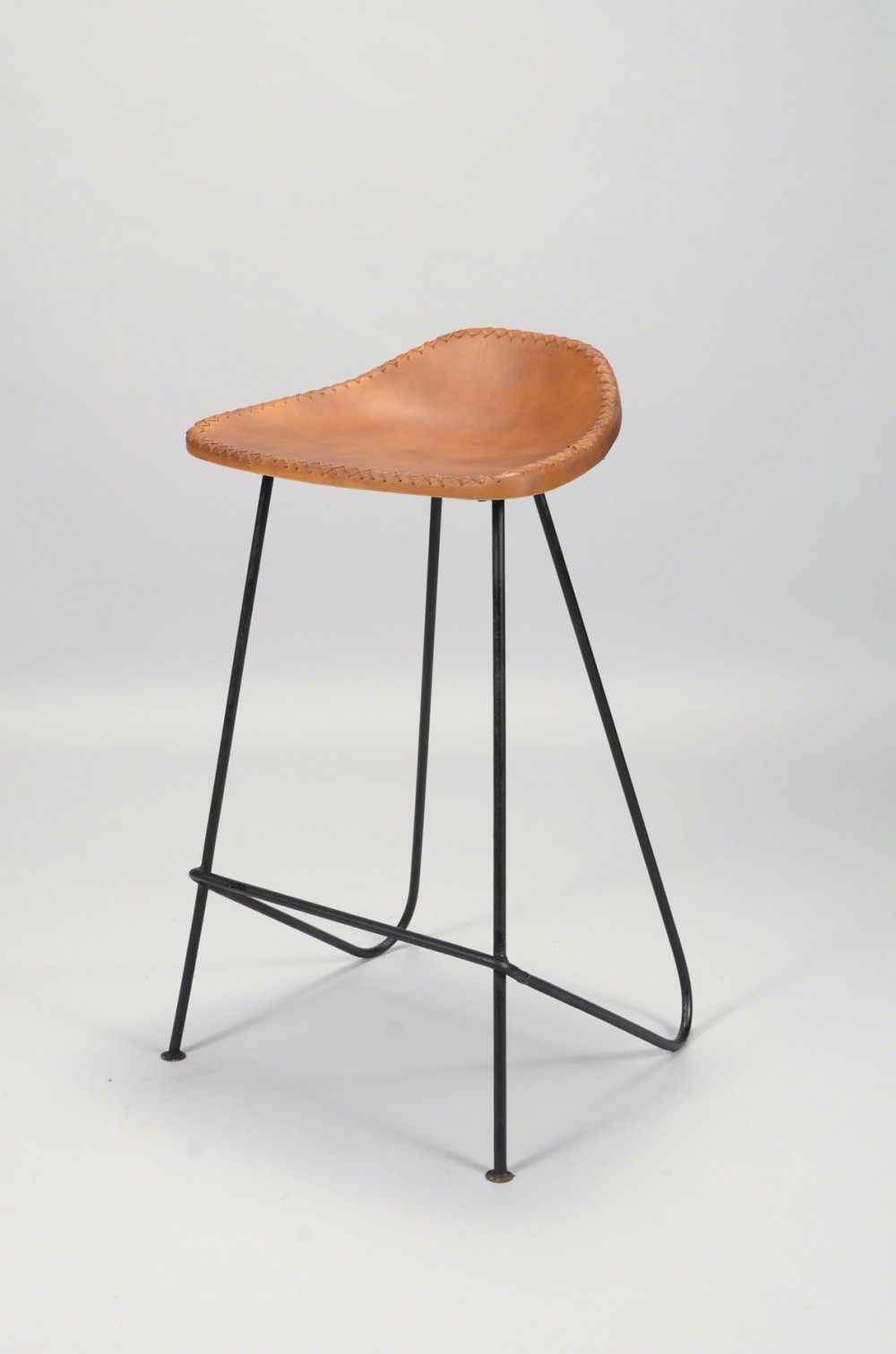 barhocker industrie hocker metall industriedesign sitzh he 68 cm. Black Bedroom Furniture Sets. Home Design Ideas