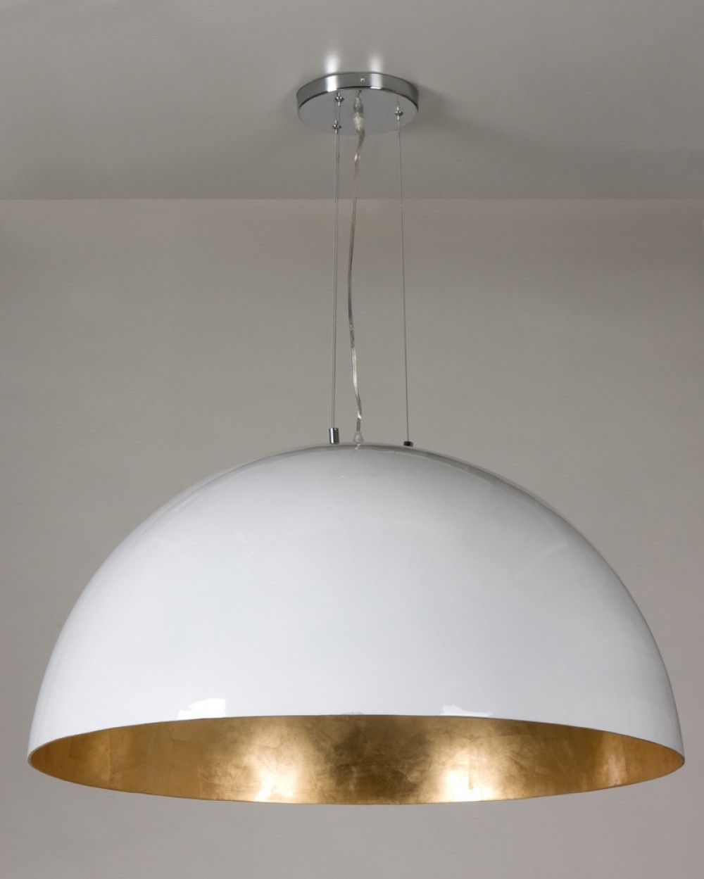 moderne pendelleuchte kuppel farbe wei gold durchmesser 90 cm. Black Bedroom Furniture Sets. Home Design Ideas
