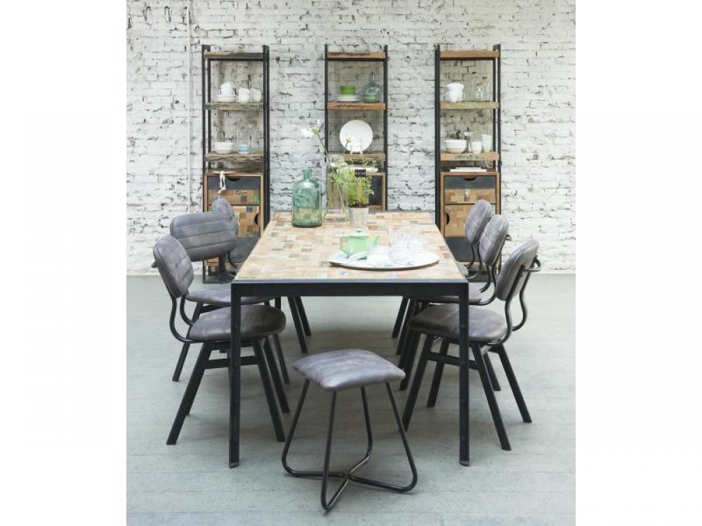 esstisch im industriedesign tisch massivholz tischplatte. Black Bedroom Furniture Sets. Home Design Ideas