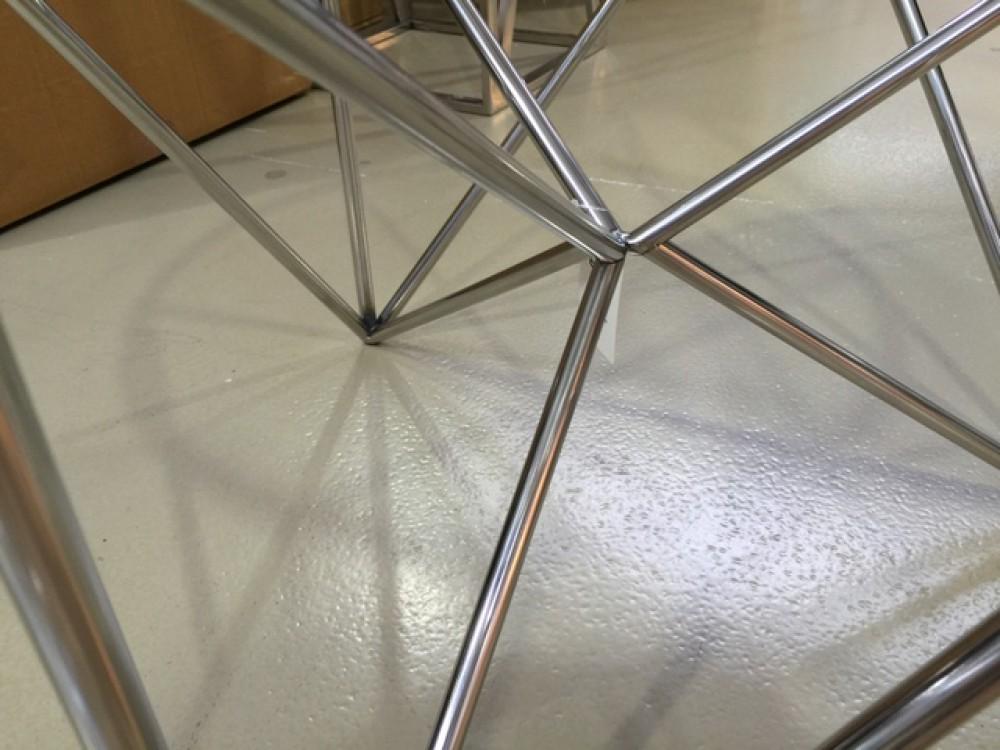 couchtisch silber glas metall beistelltisch verchromt aus. Black Bedroom Furniture Sets. Home Design Ideas