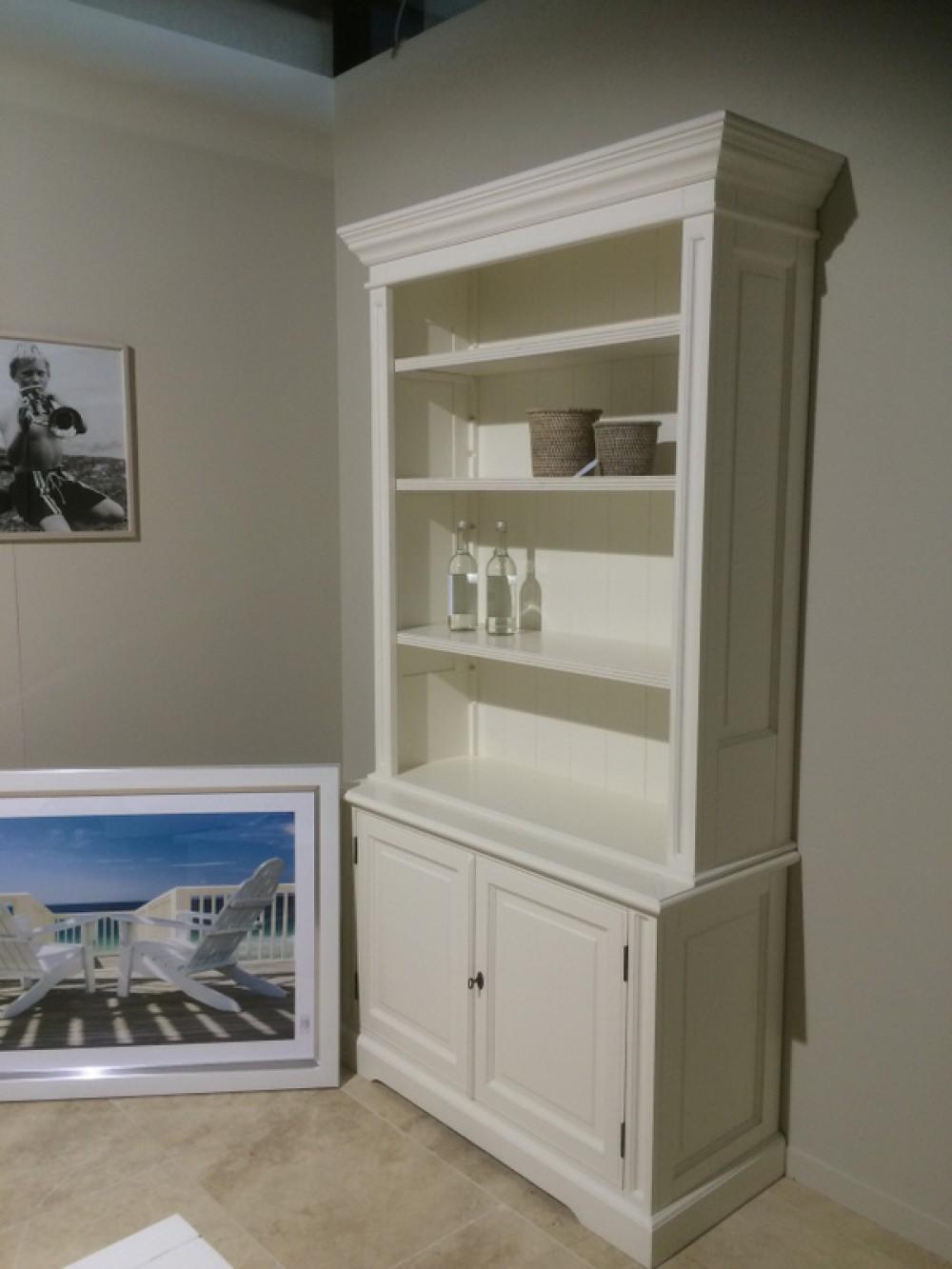 b cherschrank wei schrank im landhausstil breite 118 cm. Black Bedroom Furniture Sets. Home Design Ideas