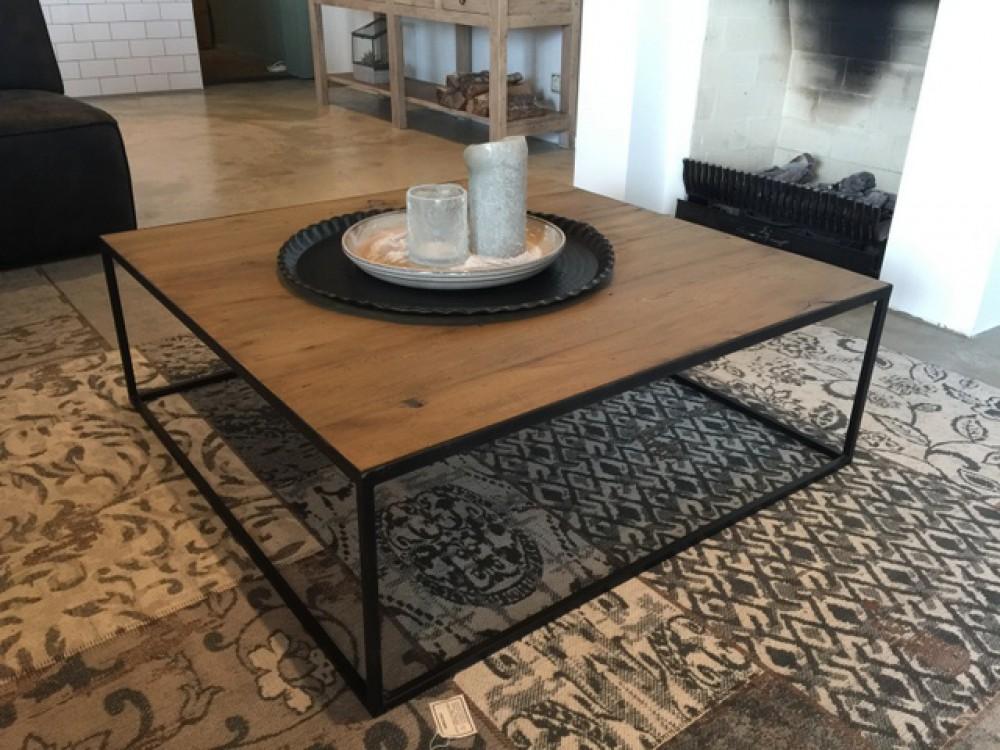 couchtisch metall holz finest couchtische wunderbar. Black Bedroom Furniture Sets. Home Design Ideas