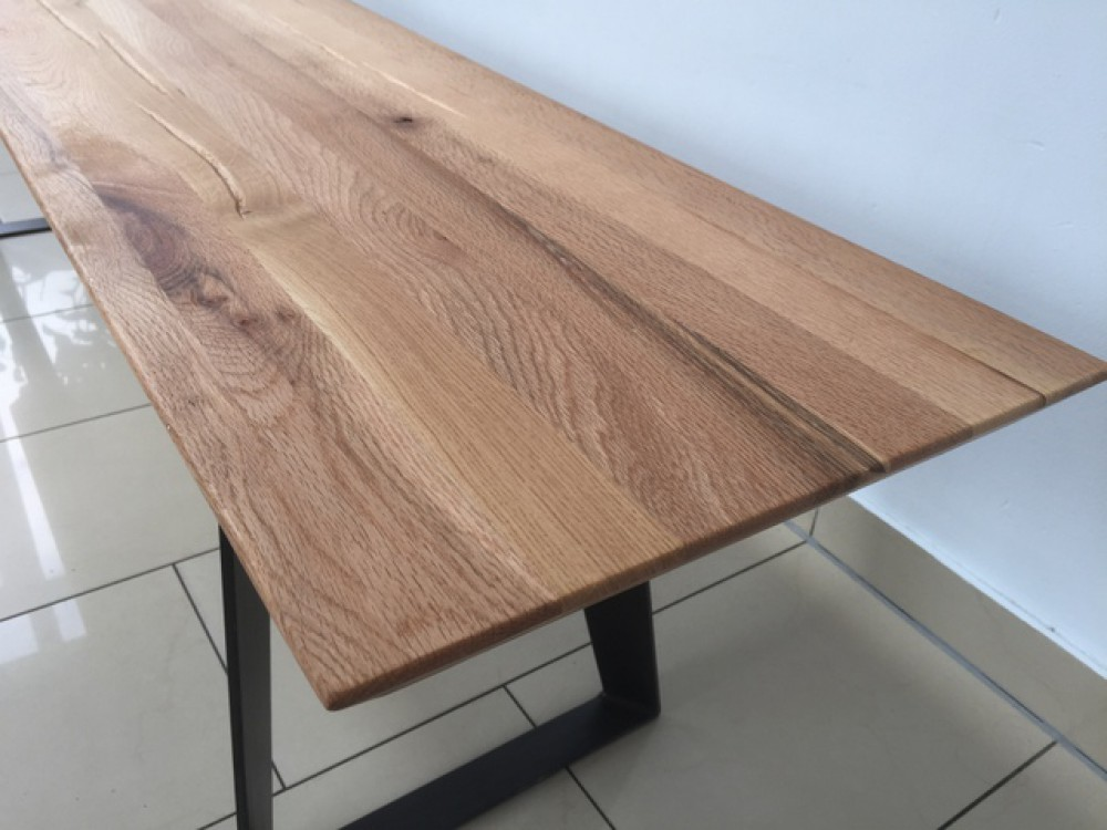 esstisch eiche tischplatte tisch massiv eiche tisch gestell metall ma e 200 x 100 cm. Black Bedroom Furniture Sets. Home Design Ideas