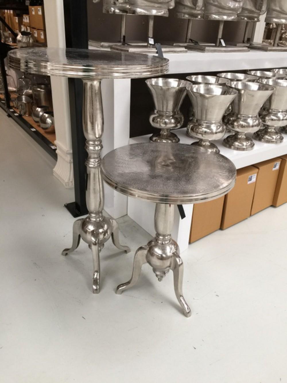 bistrotisch metall silber metall tisch rund aus aluminium poliert. Black Bedroom Furniture Sets. Home Design Ideas