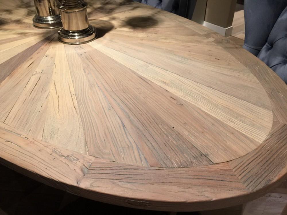 Ovaler esstisch massivholz tischplatte tisch oval im for Esstisch 1 40 m