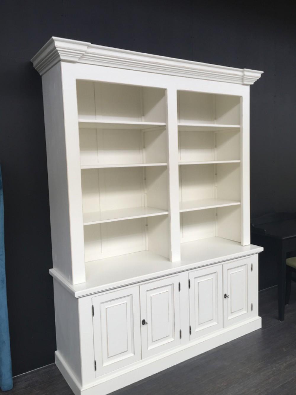 Bücherschränke - Classic Style - Möbel