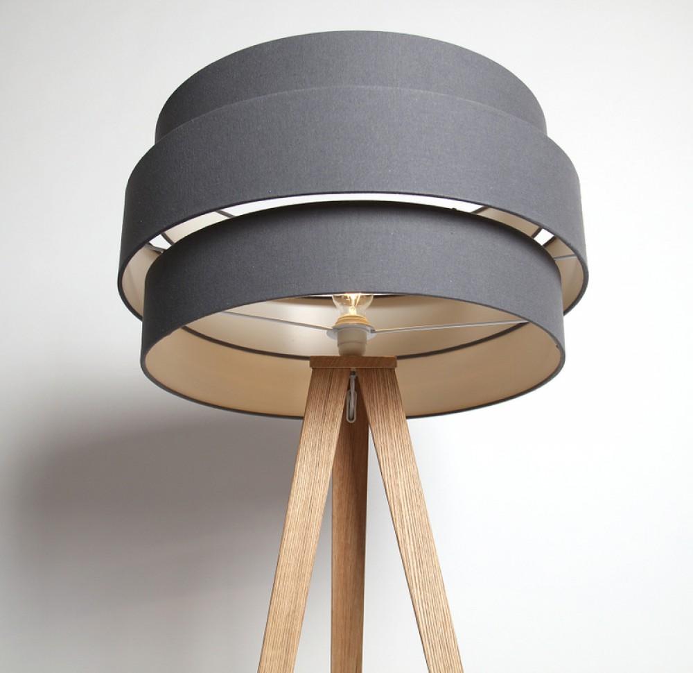 stehlampe lampenschirm anthrazit stehleuchte mit einem gestell in holzoptik. Black Bedroom Furniture Sets. Home Design Ideas