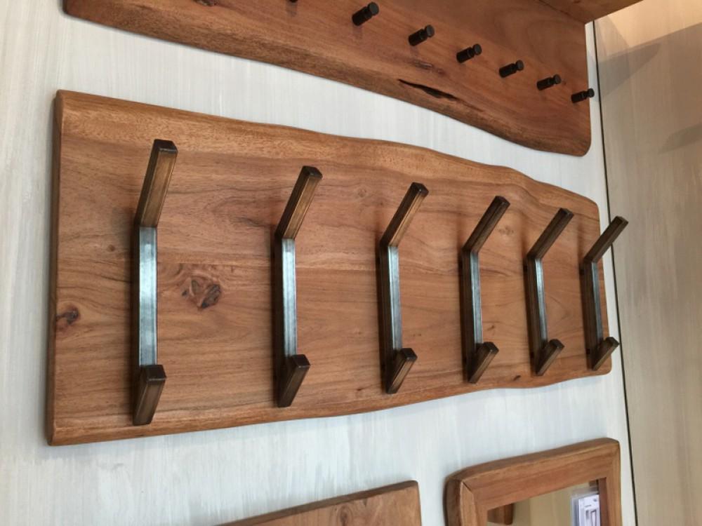 Wandgarderobe massivholz garderobe mit 12 haken breite for Kuchenunterschrank mit schubladen 100 cm