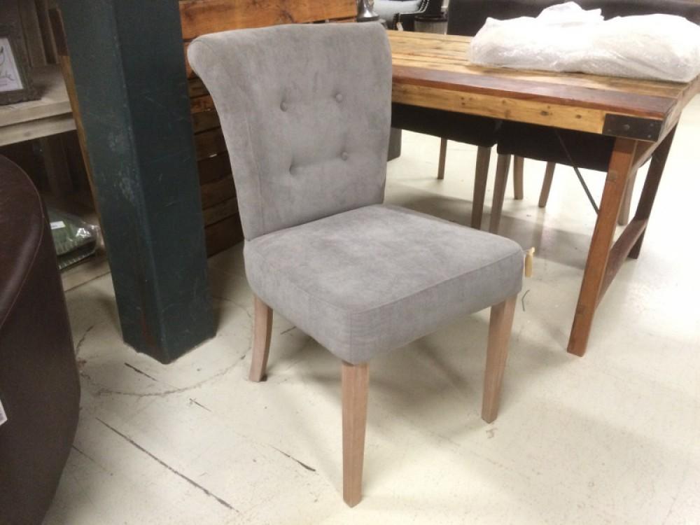 gepolsterter stuhl grau. Black Bedroom Furniture Sets. Home Design Ideas
