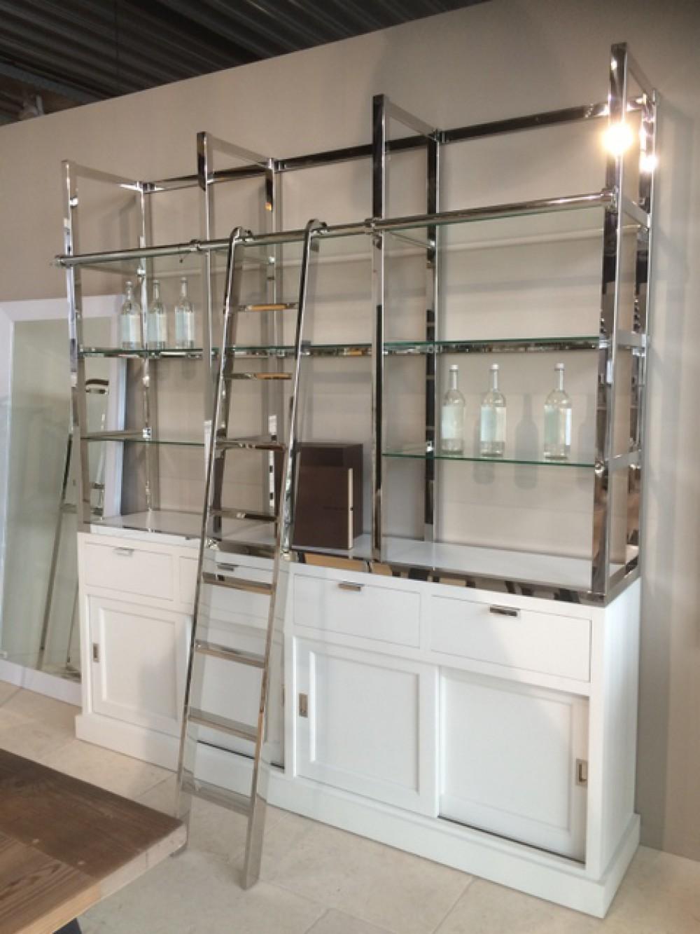 Bücherschrank weiß - verchromt, Wohnzimmerschrank weiß - Silber