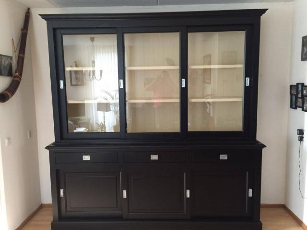 vitrine schwarz wei geschirrschrank schwarz schrank schwarz landhaus breite 230 cm. Black Bedroom Furniture Sets. Home Design Ideas