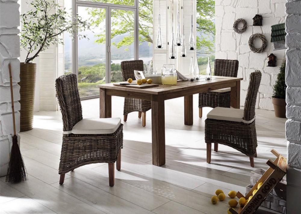 esstisch im landhausstil aus massivholz. Black Bedroom Furniture Sets. Home Design Ideas
