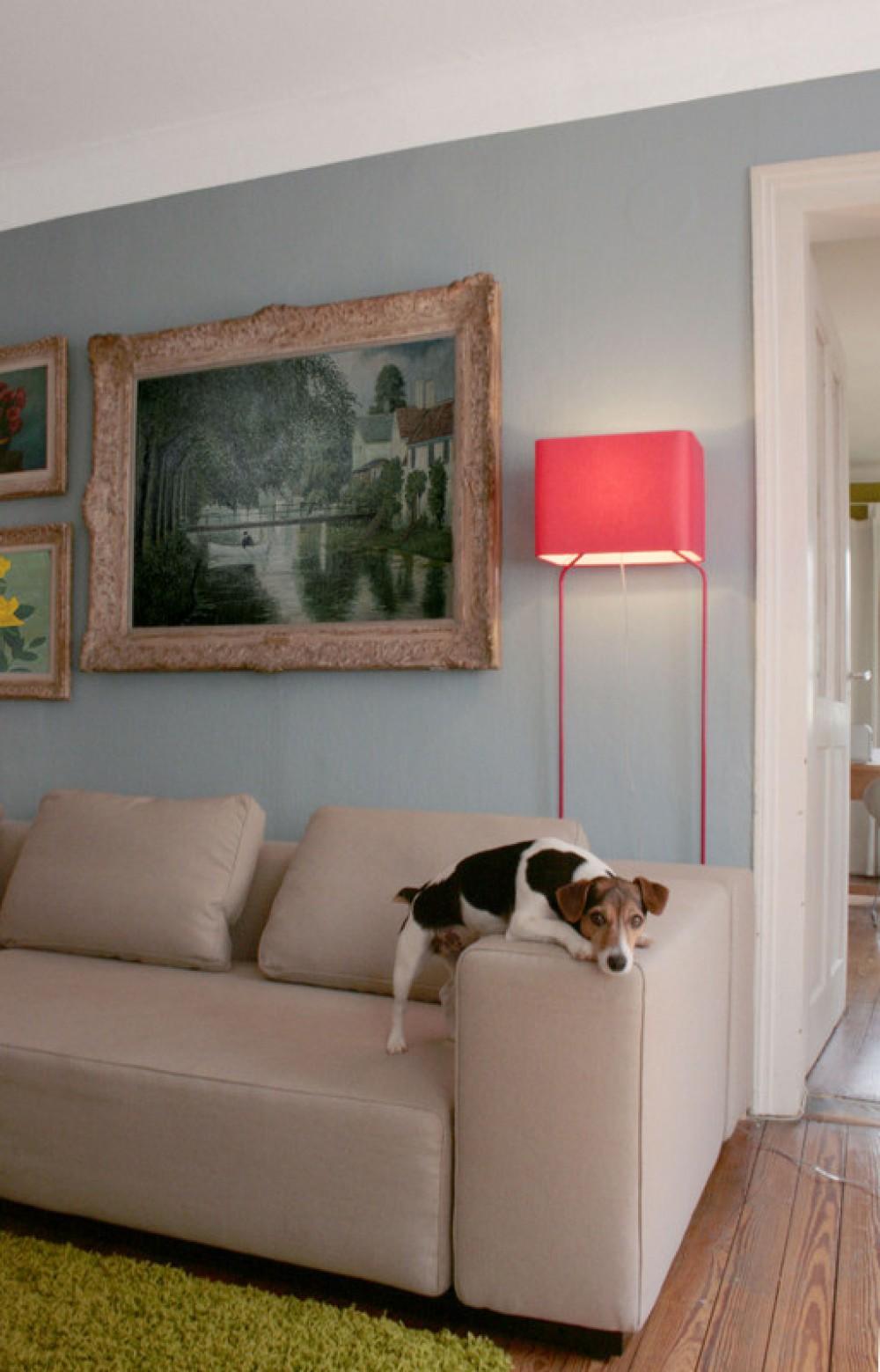 design stehleuchte moderne stehlampe in sechs verschiedenen farben. Black Bedroom Furniture Sets. Home Design Ideas