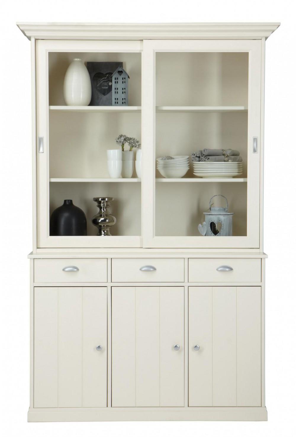 eine klassische vitrine geschirrschrank im landhausstil. Black Bedroom Furniture Sets. Home Design Ideas