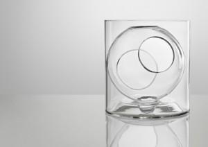 Designer Blumenvase transparent