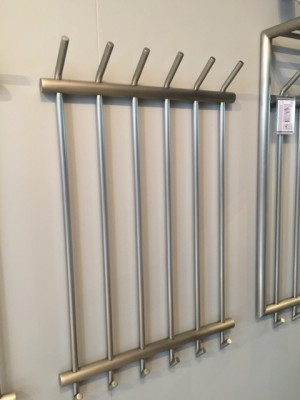 Wandgarderobe aus Edelstahl, Garderobe Metall mit 6 Haken, Breite 55 cm