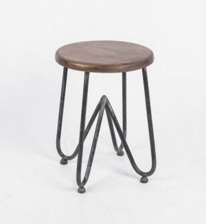 Hocker aus  Metall und Massivholz im Industriedesign, Höhe 45 cm