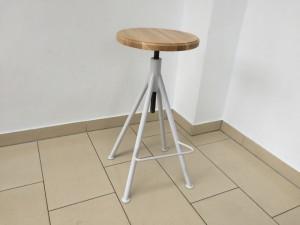 Hocker verstellbar im Industriedesign, Sitzhöhe 66-81 cm