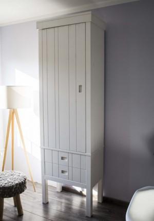 Kinderzimmerschrank weiß, Schrank weiß Massivholz, Kleiderschrank weiß Massivholz, Breite 73 cm