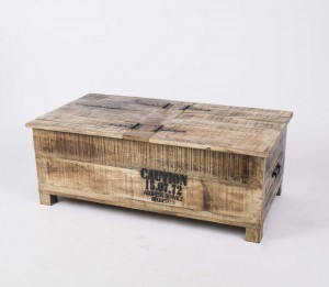 Couchtisch, True aufklappbar aus Massivholz im Industriedesign