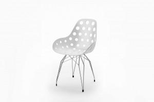 Design Stuhl weiße Sitzschale, verchromtes Gestell, Sitzhöhe 47 cm