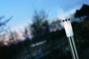 Stehleuchte rostfreier Edelstahl PVC Metall Outdoor