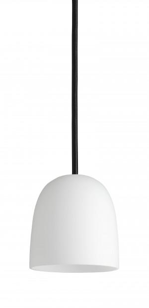 Design Pendelleuchte, Farbe Opalglas weiß, Klassiker, Schnur: schwarz. Ø 11,5