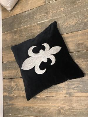 Sofakissen schwarz Königslilie, Dekokissen schwarz, Kissen Königslilie schwarz, Größe 60 x 60 cm