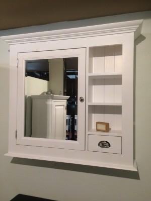 Spiegelschrank weiß Landhausstil, Spiegel weiß Landhaus,  Breite 98 cm