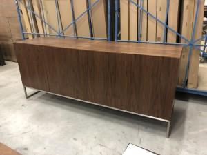 Design Sideboard, Anrichte Walnuss furniert  mit vier Türen, Breite 200 cm