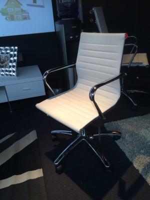 Bürostuhl weiß-chrom,  Schefsessel weiß mit niedrige Rückenlehne