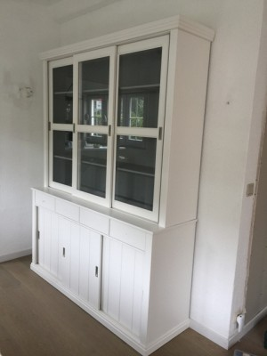 Vitrinenschrank, Geschirrschrank, Vitrine im Landhausstil, Buffet-Schrank weiß, Breite 166 cm
