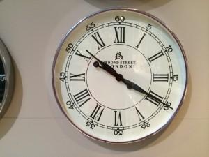 "Wanduhr ""London"" verchromt, Farbe Weiß-Chrom,  Durchmesser 60 cm"