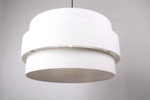 Pendelleuchte mit einem weißen Lampenschirm, Moderne Hängeleuchte, Ø 60 cm