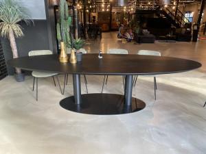 Ovaler Esstisch schwarz Eiche, schwarzer Tisch oval Eiche massiv, Konferenztisch schwarz Eiche, Breite 300 cm
