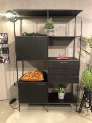Regal schwarz, Wohnzimmerschrank schwarz, Schrank schwarz Metall Holz, Breite 116 cm
