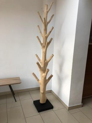 Wandgarderobe Baumstamm, Standgarderobe aus Massivholz, Höhe 200-220 cm