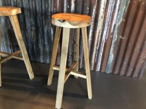 Barhocker Massivholz, Holz Barhocker, Sitzhöhe 75 cm