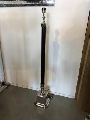 Stehleuchte schwarz-silber, Lampenfuß für eine Stehleuchte, Stehlampe schwarz-silber,  Höhe 126 cm