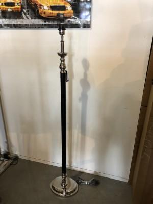 Stehleuchte schwarz-silber, Lampenfuß für eine Stehleuchte, Stehlampe schwarz-silber,  Höhe 140 cm