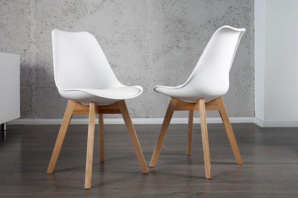 Stuhl Gepolstert Mit Einem Gestell Aus Massivholz Stuhl