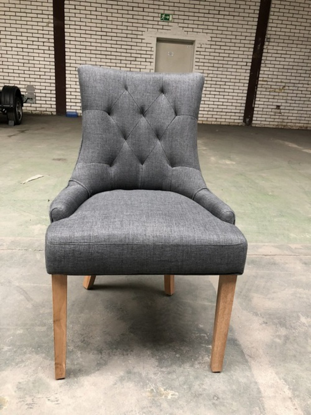 Stuhl grau esszimmerstuhl grau stuhl gepolstert grau for Stuhl gepolstert