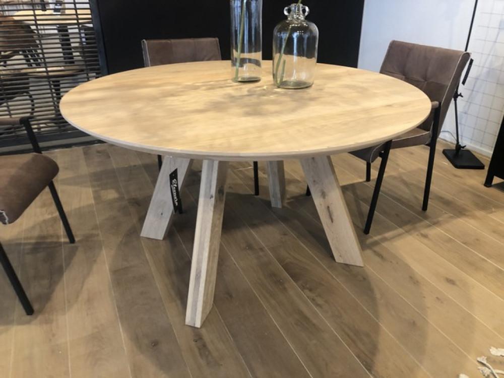 Runder Esstisch Eiche Tisch Rund Eiche Massiv Durchmesser 140 Cm