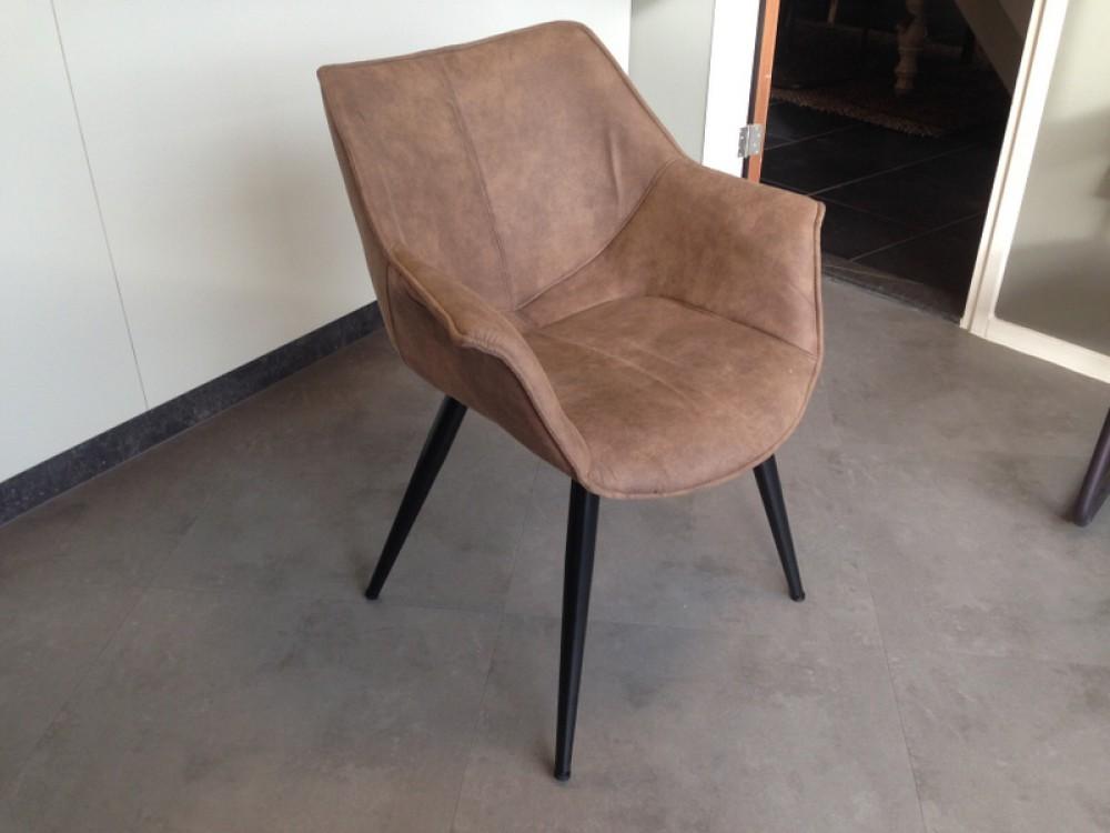 stuhl braun mit armlehne stuhl gepolstert braun st hle landhaus stil m bel. Black Bedroom Furniture Sets. Home Design Ideas