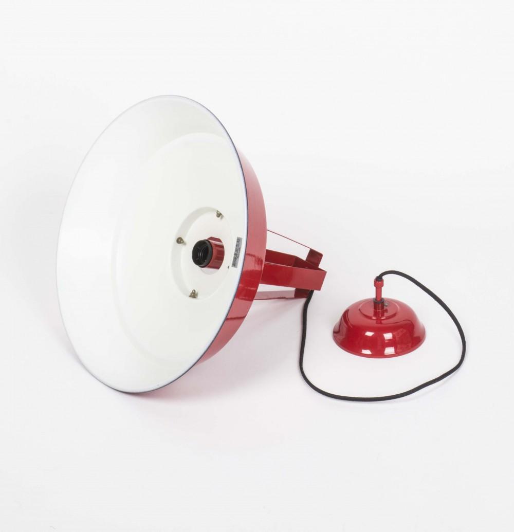 H ngeleuchte rot im industriedesign pendelleuchte rot for Pendelleuchte industriedesign